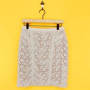 Ann Taylor Tan Crochet Lace Pencil Skirt Size 6P
